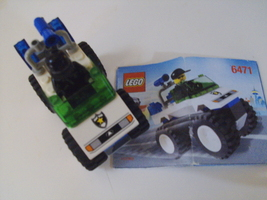 LEGO City Town 4WD Police Patrol set # 6471 complete with 1 minifigure - $10.00