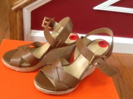 Michael Kors Brown Leather Gold Logo Buckle Platform Sandal Shoes Size 6M New - $88.11