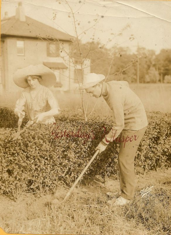c.1916 Gardening Couple Original White NY Photo