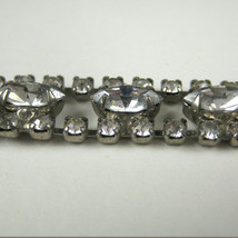 Bracelet Rhinestone Silvertone Unsigned Clasp Shimmer Prong Set Clear 6 ... - $44.54