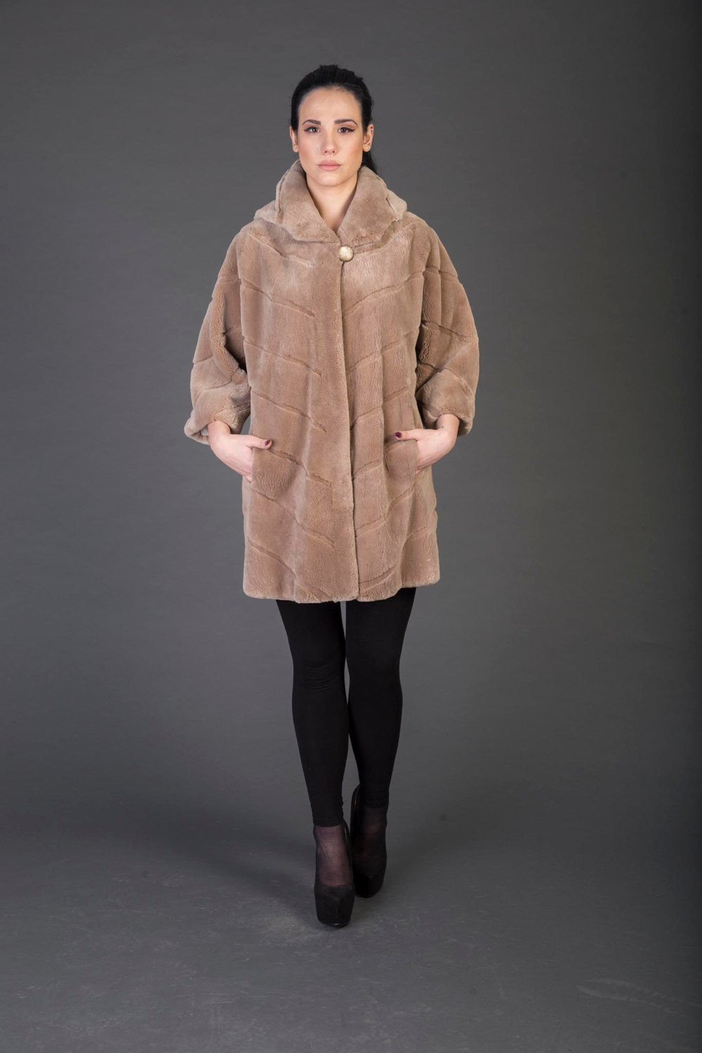 Primary image for Luxury gift/Light Brown Beaver Fur Coat/Fur jacket /Hooded Wedding,or anniversar