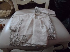 set of 5 of off white vintage napkins with taupe edges and leaves on cor... - $9.50