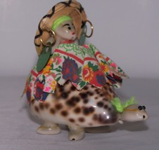 Vintage Florida Souvenir Turtle Made From Shells Hat Earrings Dress Unique  - $9.99