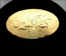 "NAPIER  BLOOM BROOCH Etched FLOWER Vintage Pin Goldtone OVAL Broach 1 7/8"" - $12.99"