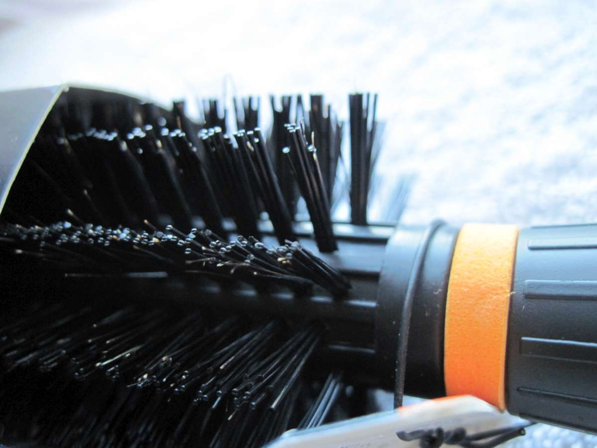 Goody Round Volumize & Curl Style Hair Brush Natural Boar & Nylon Bristles 2013