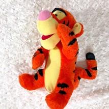 Tigger Talks Talking Tug In Time 94662 Mattel Fisher Price 2001 Plush In... - $10.19