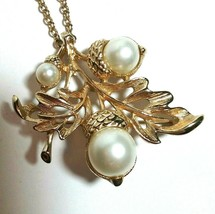 VINTAGE AVON SIGNED BROOCH NECKLACE PENDANT ACORN LEAVES & FAUX PEARLS - $40.00