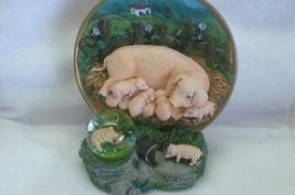 Animal Pig in th Hay with snowglobe #166 - $7.99