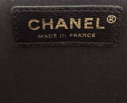 AUTHENTIC CHANEL BLACK QUILTED LAMBSKIN MEDIUM BOY FLAP BAG GHW image 8