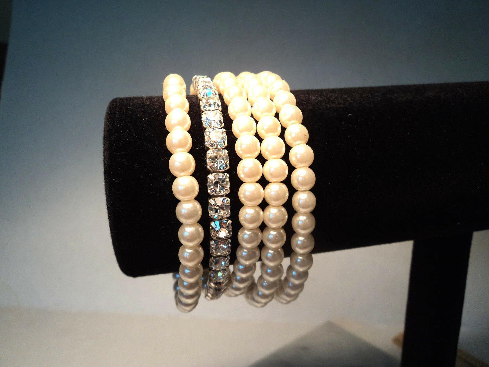 Avon Pretty Pearlesque and Rhinestone Stretch Bracelet Set New 2011