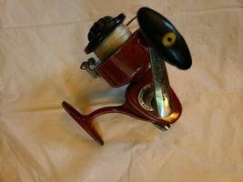 Vintage Olympic 520 Ambidextrous spinning reel. Japan image 3