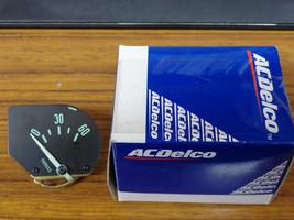 1961 1962 Corvette Oil Pressure Gauge Green Letter 1509355 61-62 - $44.50