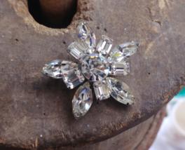 "Vintage Weiss Marquise Rhinestones Star Pattern Pin Brooch 1.5"" - $71.99"
