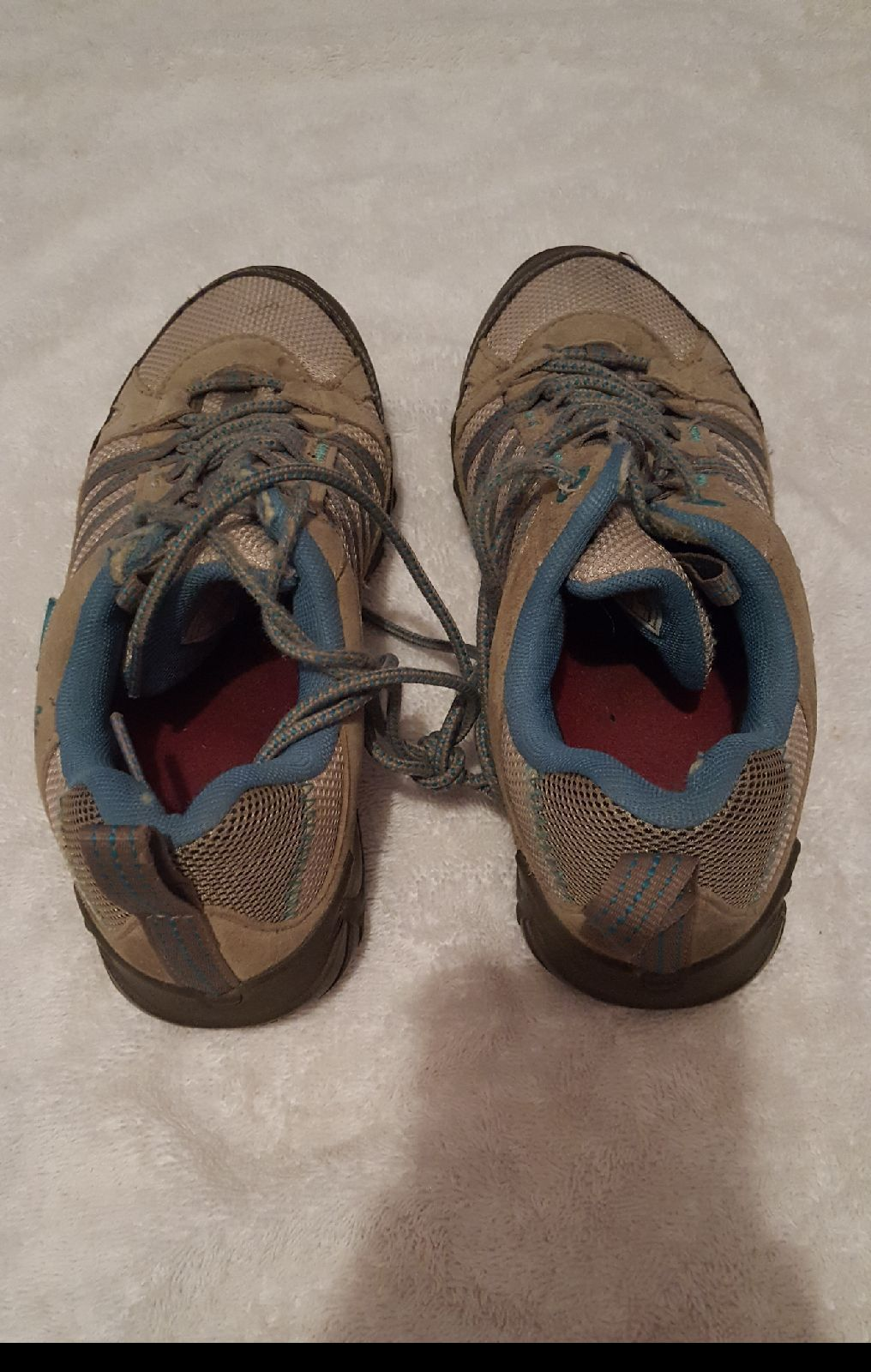 Womens Merrell Air Cushion Waterproof Hiking Shoes\Boots, Size 7.5