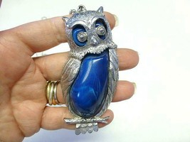 "Large Vintage BLUE Lucite Jelly Belly OWL Pendant Necklace 28"" - $28.49"