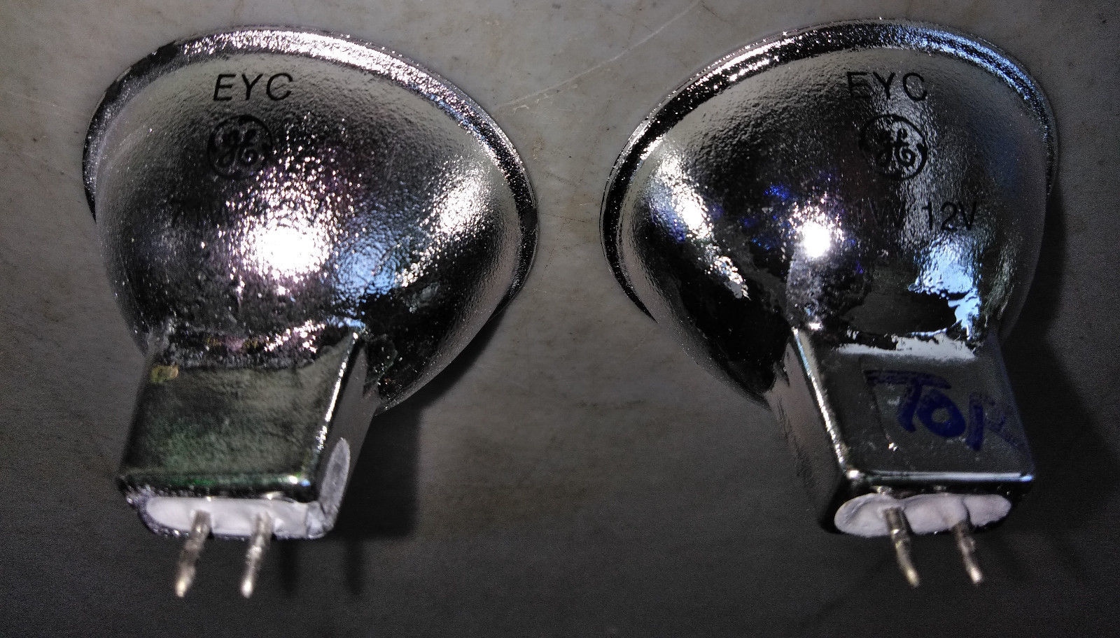 Primary image for 8PP07  PAIR OF LIGHT BULBS, GE EYC 12V 71WATT, POOL LIGHTS, VERY GOOD CONDITION