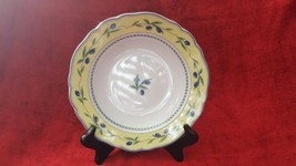 Wedgwood The Tuscany Collection Tuscan Harvest Rimmed Soup Bowl - $26.68