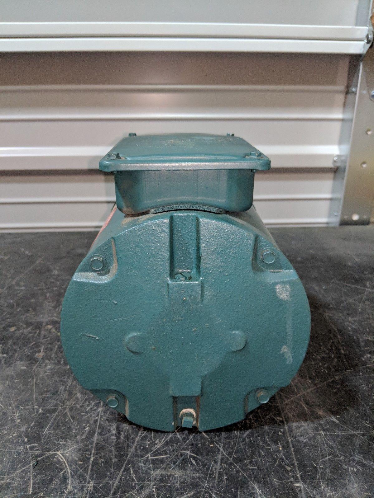 Reliance Electric P56H3900R-ZR AC Motor 1/2 HP 208-230/460V 3PH 1725 RPM FB56C