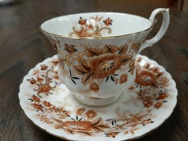 """Royal Albert """"KEEPSAKE"""" Bone China Teacup and Saucer Excellent condition - $25.00"""