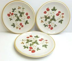 """3 Sheffield Strawberries Cream 10 1/2"""" VTG Porcelain Retro Decor Dinner Plates - $35.31"""