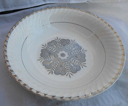 "WEDGWOOD MADEIRA PLATINUM TRIM VEGETABLE SERVING BOWL 9"" ENOCH ENGLAND - $29.69"