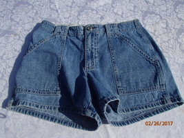 Vintage Gap Shorts Juniors/Womens Jeans Denim Size 6 - $5.89