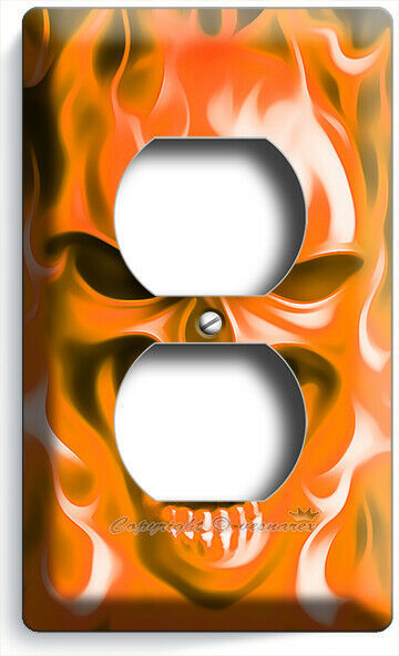 ORANGE FLAMES BURNING ANGRY SKULL OUTLET WALL PLATE BIKER MAN CAVE ROOM HD DECOR