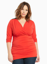 New Womens 5X 5 Torrid Shirred Lace Inset Surplice Top - $25.15