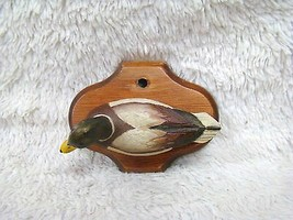 Ceramic Painted Duck on Wood Base Plaque, Collectible Home Decoration - $15.95