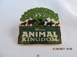 WDW  2005 ANIMAL KINGDOM 5-ANIMAL LOGO-GREEN/WHITE (BLACK VARIATION) PIN - $8.00