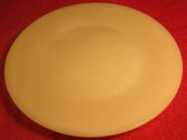"Vintage Fire King 9"" Dinner Plate Ivory [Z184] - $17.94"
