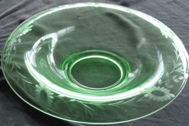 Gorgeous Etched Green Glass Center Bowl - VGC - BEAUTIFUL SUNFLOWER PATTERN - $69.29