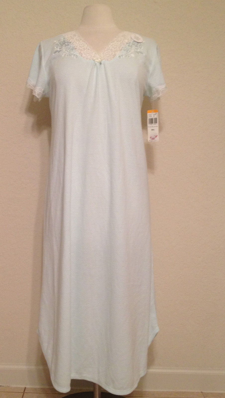 e051276645 NEW Miss Elaine Honeycomb Knit Long Gown and 36 similar items. S l1600
