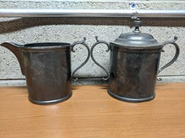 Vintage Antique Homan Silver Plate Co. 300 Creamer and Sugar Bowl - $15.84