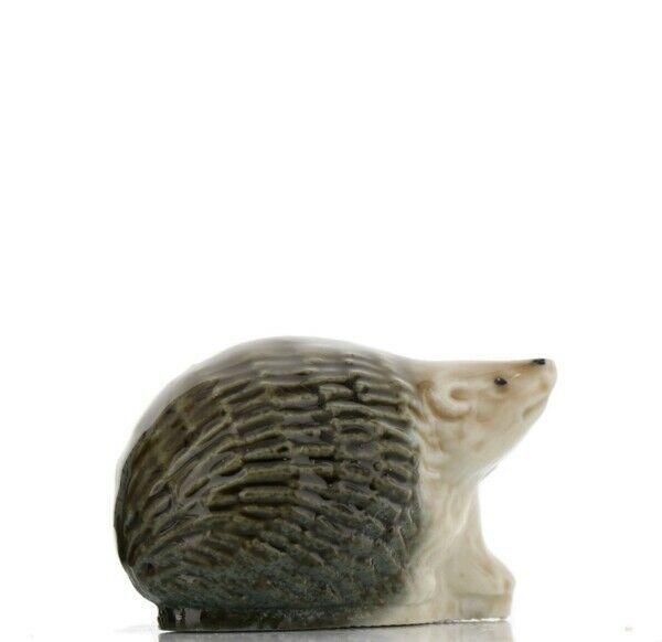 Wade Whimsies Miniature Figurine Whimsie-Land Set 4 Hedgerow Hedgehog