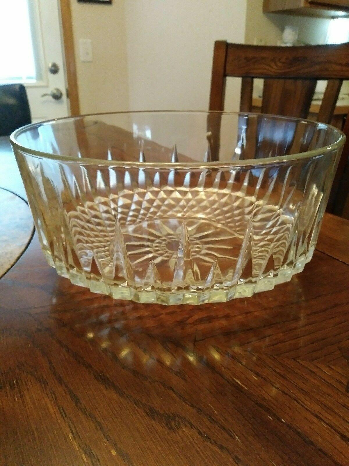 Arcoroc France Clear Starburst Diamond Bowl and similar items