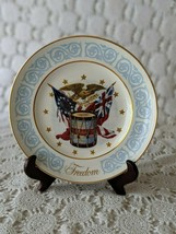 Avon Wedgewood Freedom 1974 Porcelain Collector's Plate Vintage  - $14.54