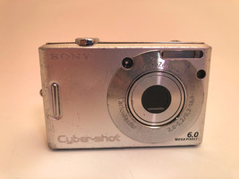 Sony DSC-W30 for Parts - $7.69