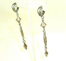 Vtg Mod Metal Long Pierced Earrings Silver Tone Geo Hippie Boho Chic Dan... - $7.87
