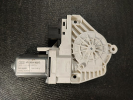 Audi A6 C6 Electric Power Front Right Side Window Motor Regulator 4F0959... - $15.84
