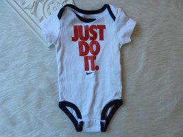 NIKE Boys One Piece Top 3/6 Mos Swoosh
