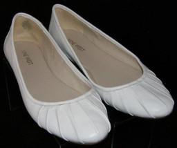 Nine West Blusterly white round toe scalloped leather slip on ballet fla... - €26,03 EUR