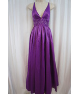 Jessica Simpson Robe Taille 10 Dewberry Violet Empire Taille Ornementée ... - $107.70