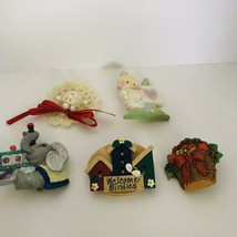 LOT of 5  Brooches/ Pins Great Variety Abstract Modern Plastic J0806 - $7.60