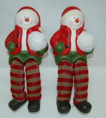 Generic Snowman Shelf Sitter Kid Style Holding Snowball 4 Inches 2 Set