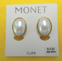 OVAL SIGNED MONET GOLD TONE AND PEARL WHITE CLIP ON EARRINGS 18469 - $11.39