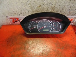 05 04 Mitsubishi Endeavor speedometer instrument gauge cluster mn121332 - $24.74