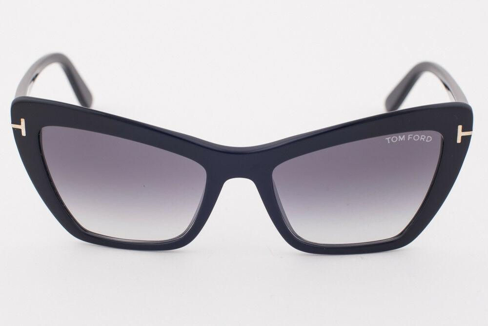 Tom Ford Valesca Black / Gray Gradient Sunglasses TF555 01B