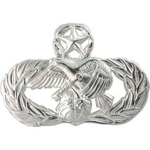 Mid Size Genuine U.S. Air Force (Usaf) Breast Badge: Logistics Readiness: Master - $16.81