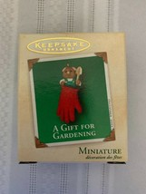 Hallmark Keepsake 2002 Miniature Ornament A Gift For Gardening Christmas... - $9.49
